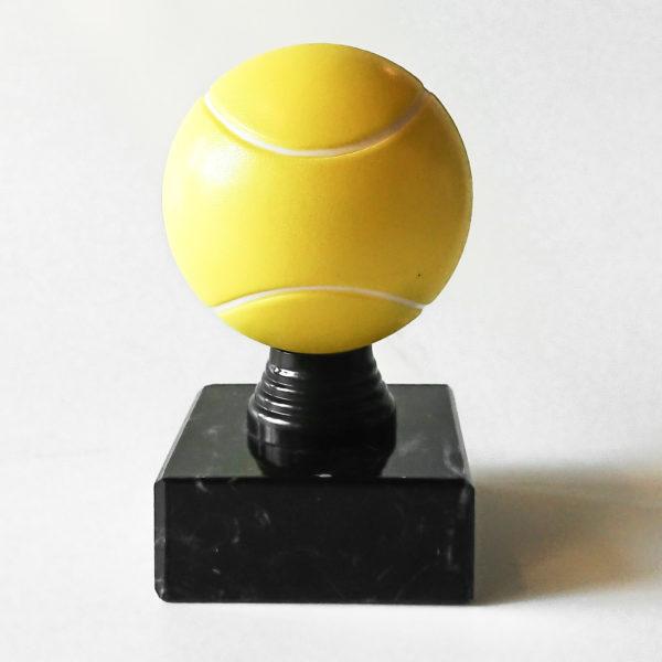 Statyett tennisboll